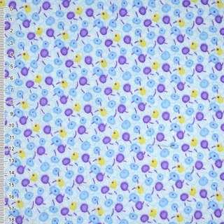 Фланель белая с сиренево-голубыми ягодами ш.110