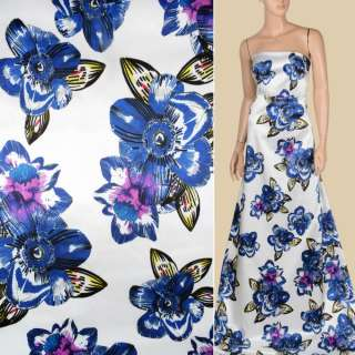 Атлас вискозный стрейч белый в крупные сине-сиреневые цветы, ш.143