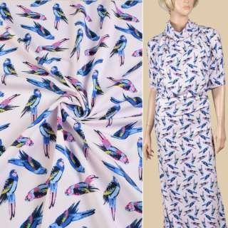Трикотаж хлопковый стрейч розовый светлый, синие попугаи, ш.147