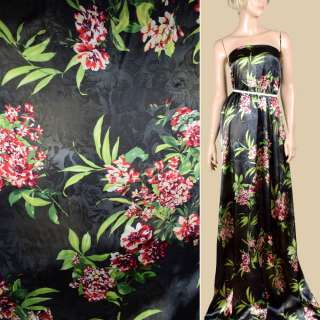 Шелк черный с молочно-красными цветами ш.142