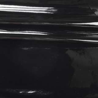 Кожа искусственная лаке на флисе черная ш.140