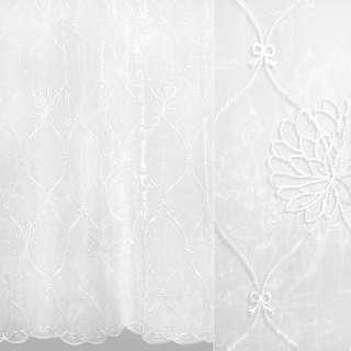 Органза белая с вышитыми белыми цветами и бантиками ш.280