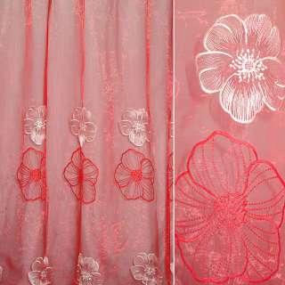 Органза красная с крупными вышитыми красными и белыми цветами