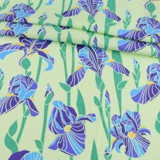 Ткань полотенечная вафельная набивная салатовая в синие ирисы, ш.45