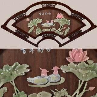 картина веер уточки и лилии под натур. камень в ажурной раме