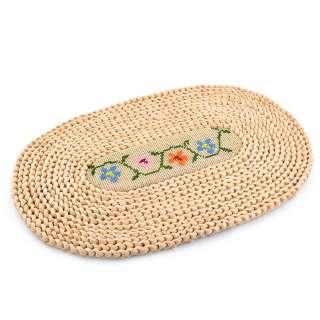 Сервировочный коврик плетеный овальный с вышивкой 4 цветочка 28х44 бежевый