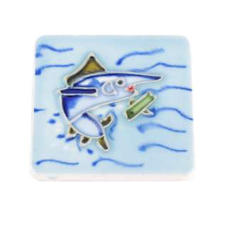 Магнит сувенирный керамика глазурь 6 х 6 см акула в море