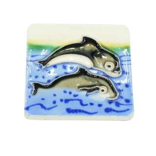 Магнит сувенирный керамика глазурь 6 х 6 см дельфины у берега