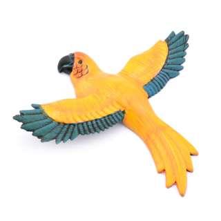 Магнит на холодильник Попугай 13х11см желтый с синими крыльями