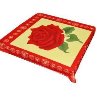 Плед флисовый 103х114 см с красной розой желтый с красной каймой
