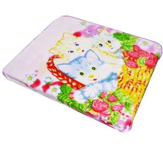 Плед флисовый 106х120 см с котятами в корзинке бледно-розовый