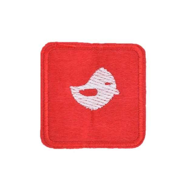 Термоаппликация Квадрат с птичкой белой 45х45мм красный