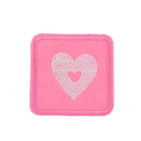 Термоаппликация Квадрат с сердцем белым 45х45мм розовый