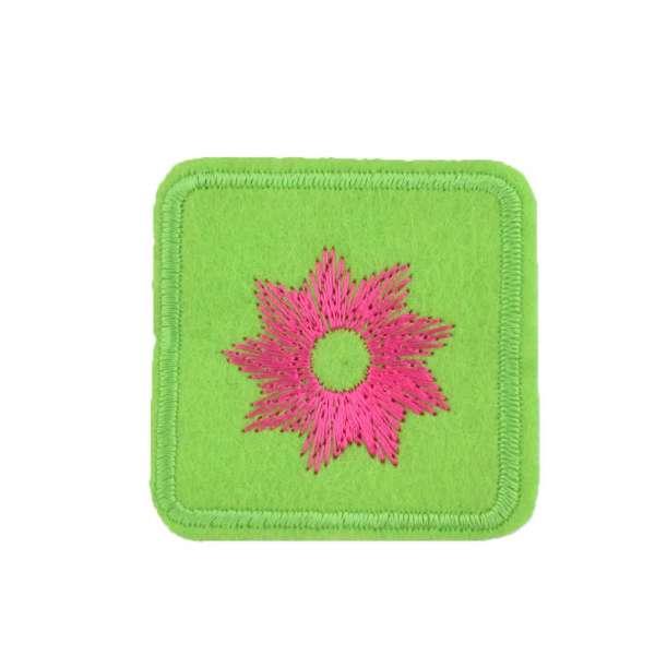 Термоаппликация Квадрат с цветком розовым 45х45мм салатовый