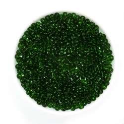 Бисер черный с зелёным оттенком
