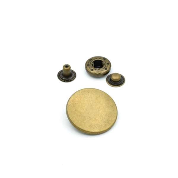 Кнопка металлическая из 4 частей 25 мм антик