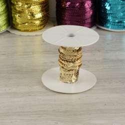 Тесьма-чешуя на нитке в один ряд 5мм золото светлое