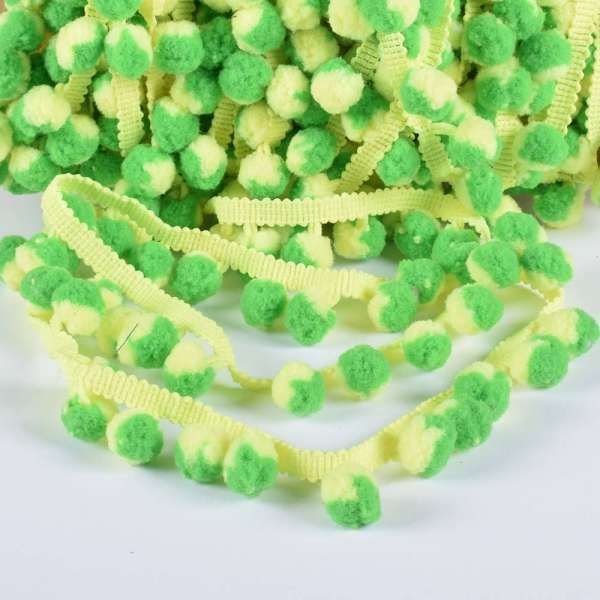 Тесьма с помпонами 10мм салатовая, желто-зеленые помпоны