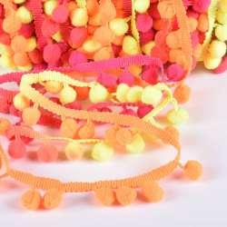 Тесьма с помпонами 10мм радуга (оранжевый, желтый, розовый)