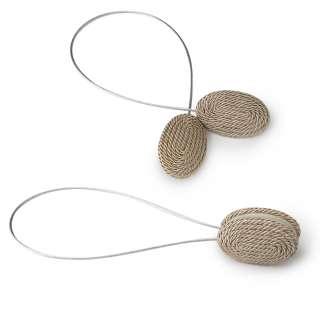 Подхват магнитный для штор овал со шнуром бежево-серебристый